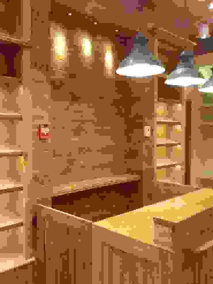 von J.H. Novoart E.I.R.L. Klassisch Holz Holznachbildung