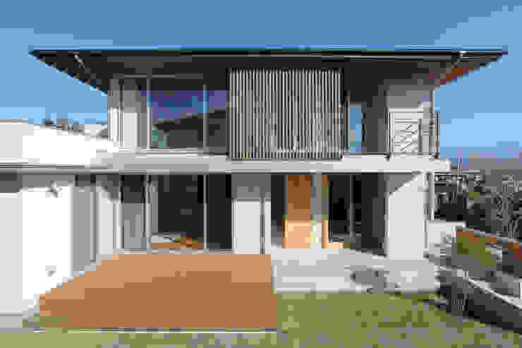 Casas de estilo ecléctico de TEKTON | テクトン建築設計事務所 Ecléctico Madera Acabado en madera