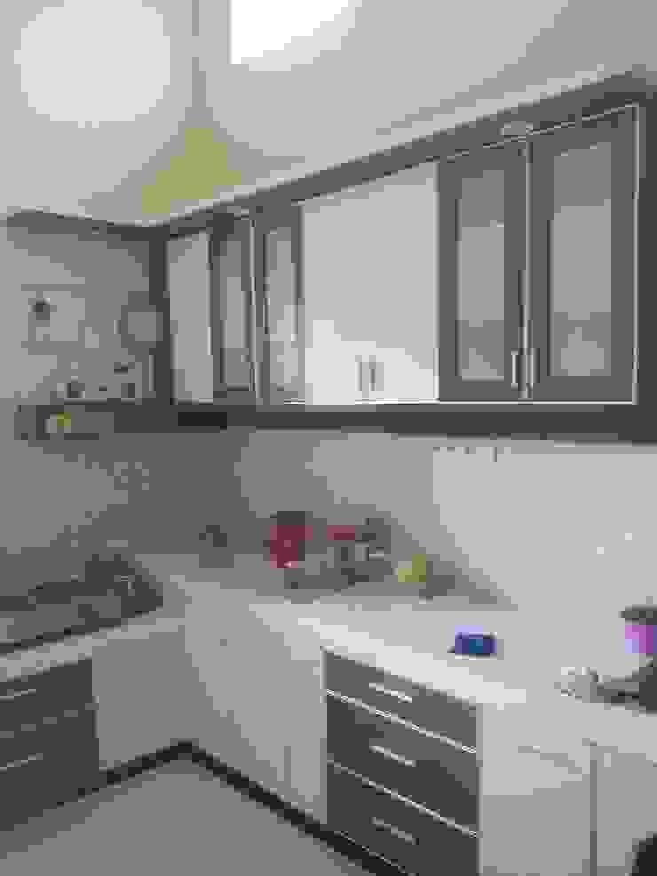Kitchen Set Mas Endro Jl Ki Ageng Gribig Malang Oleh the OWL Minimalis