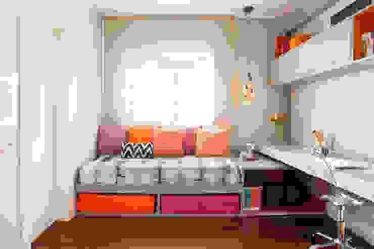 quarto de jovem moça andrea carla dinelli arquitetura Quartos modernos Laranja