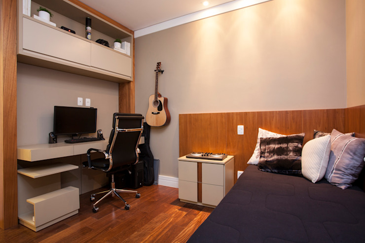 Modern Bedroom by andrea carla dinelli arquitetura Modern Wood Wood effect