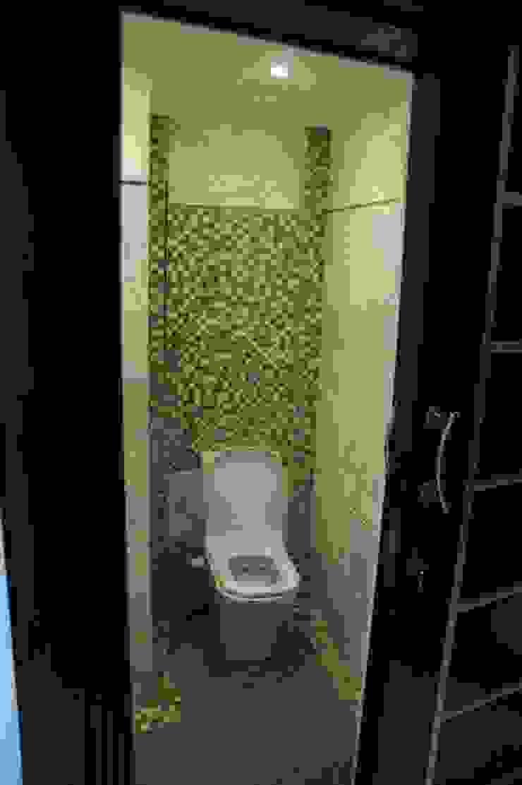 حمام الضيوف من Quattro designs حداثي