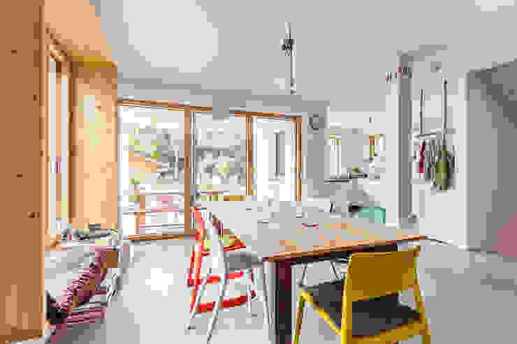 Ruang Makan Modern Oleh Architekturbüro Schaub Modern
