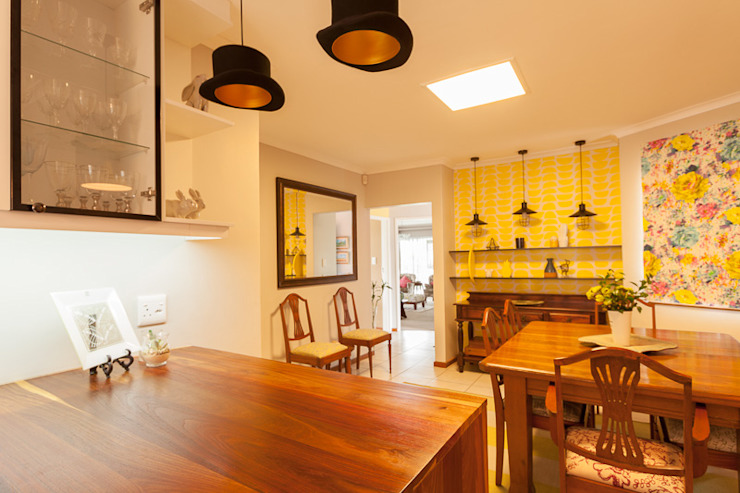 House Brooks. Modern dining room by Redesign Interiors Modern