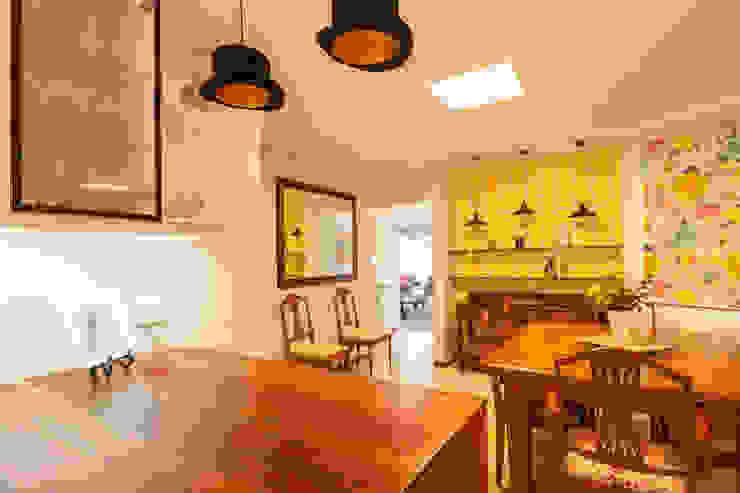 House Brooks. Cocinas modernas: Ideas, imágenes y decoración de Redesign Interiors Moderno