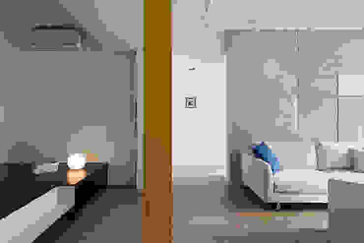 No.2 Modern Composition by Studio In2 根據 Studio In2 深活生活設計 簡約風