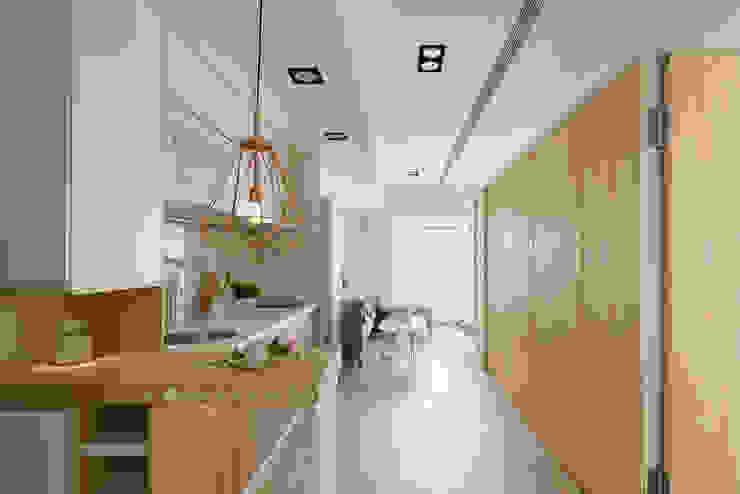 廚房/客廳 根據 Moooi Design 驀翊設計 北歐風