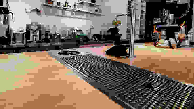 多功能吧台 根據 見和空間設計 工業風 實木 Multicolored