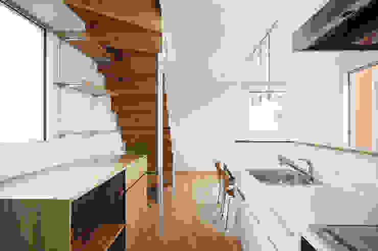 *studio LOOP 建築設計事務所 Modern Kitchen
