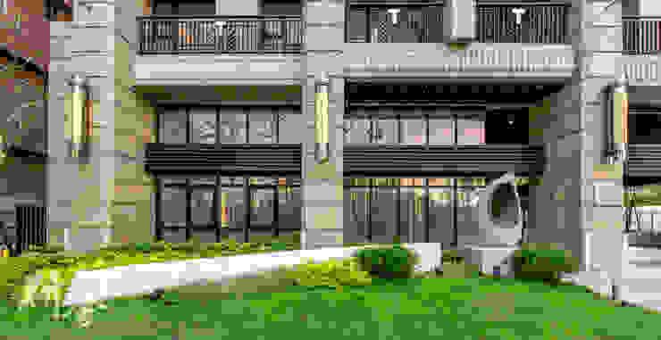 新北-合新大河公園 現代風玄關、走廊與階梯 根據 研舍設計股份有限公司 現代風