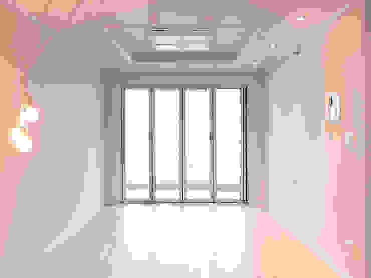삼산 미래타운 2차 21PT 리모델링 모던스타일 거실 by 디자인고은 모던