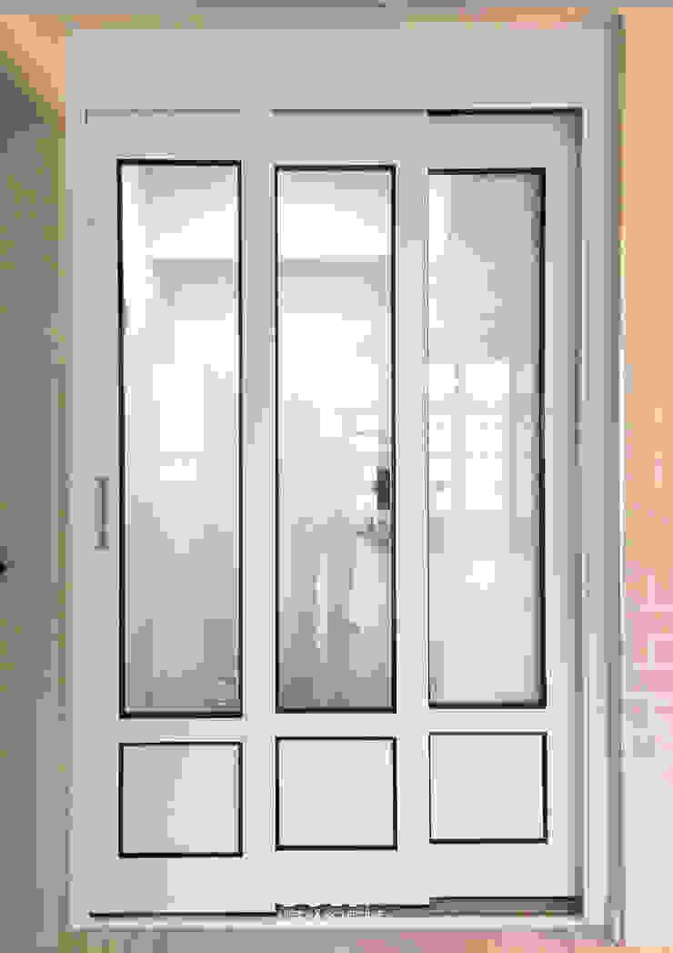 삼산 미래타운 2차 21PT 리모델링 모던스타일 복도, 현관 & 계단 by 디자인고은 모던