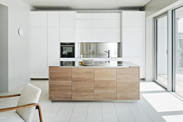 Modern kitchen by PAOLO FRELLO & PARTNERS Modern