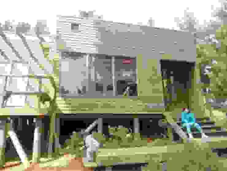 Cabaña Laguna Verde Casas de estilo minimalista de BRATZ ARQUITECTURA Minimalista Madera Acabado en madera