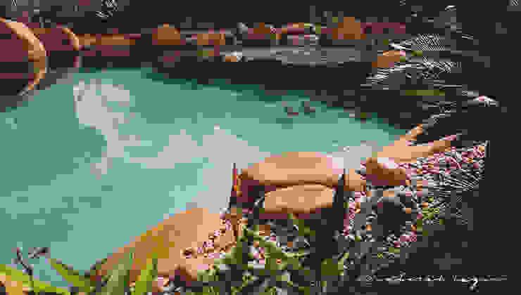 Moderne tuinen van Natural Lagos Modern