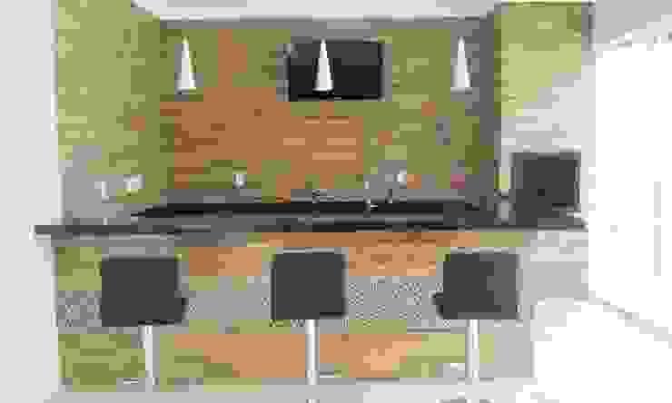Projeto Arquitetônico Residencial Cozinhas modernas por Carla Monteiro Arquitetura e Interiores Moderno Derivados de madeira Transparente