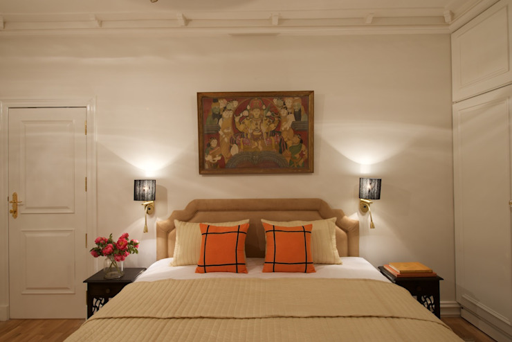 Premium home interior designs Asian style bedroom by Bric Design Group Asian