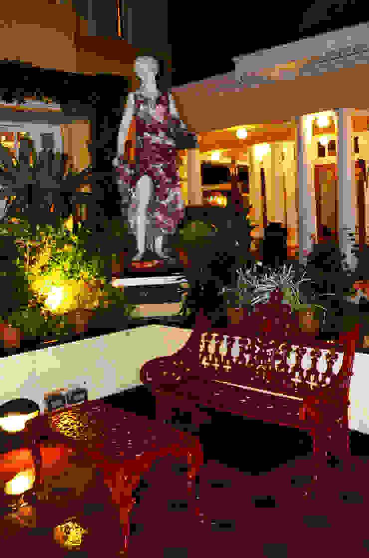 Mayfair Hotel and Resorts: classic  by Karara Mujassme India,Classic Metal
