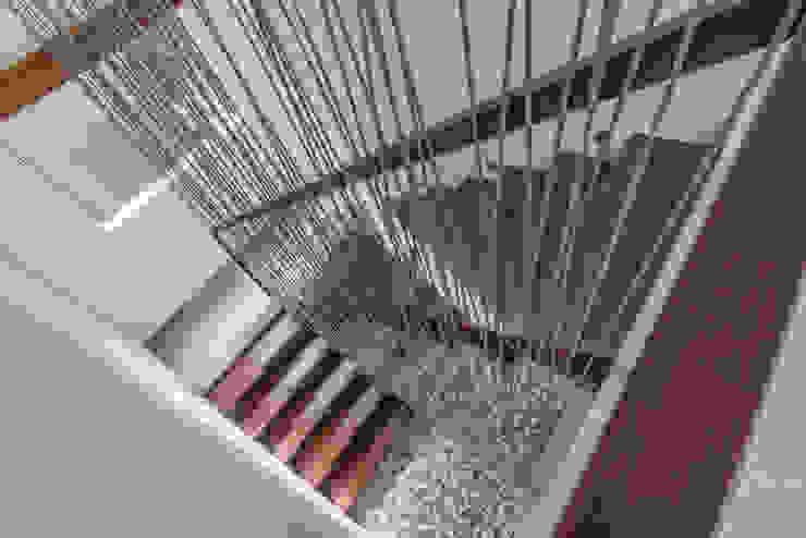 Budisari Residence Koridor & Tangga Tropis Oleh ARCHID Tropis