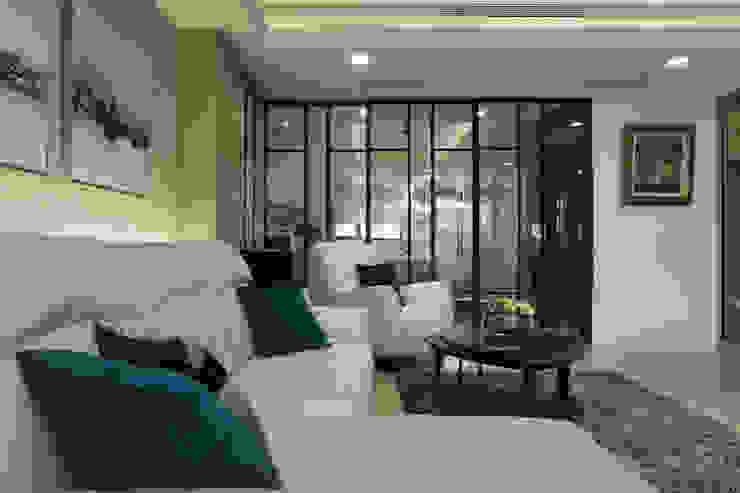 帝雍_陳公館 现代客厅設計點子、靈感 & 圖片 根據 澤序空間設計有限公司 現代風