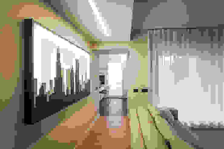 soggiorno minimal Soggiorno minimalista di ADIdesign* studio Minimalista