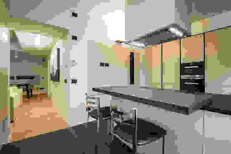 cucina moderna Cucina minimalista di ADIdesign* studio Minimalista