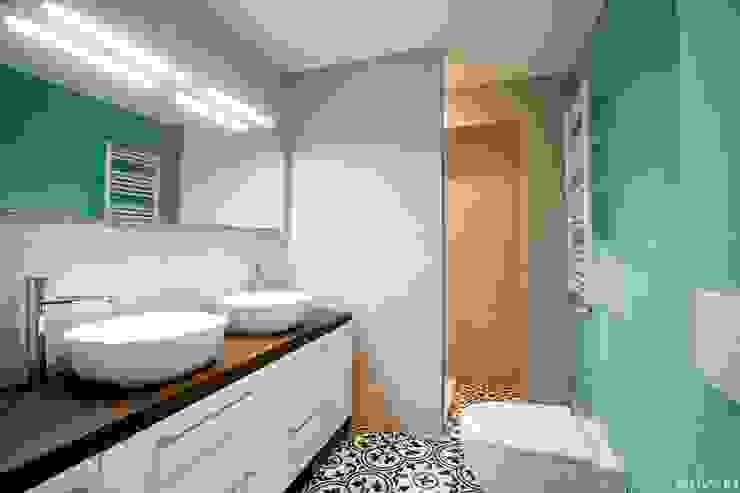 NUVART Eclectic style bathroom