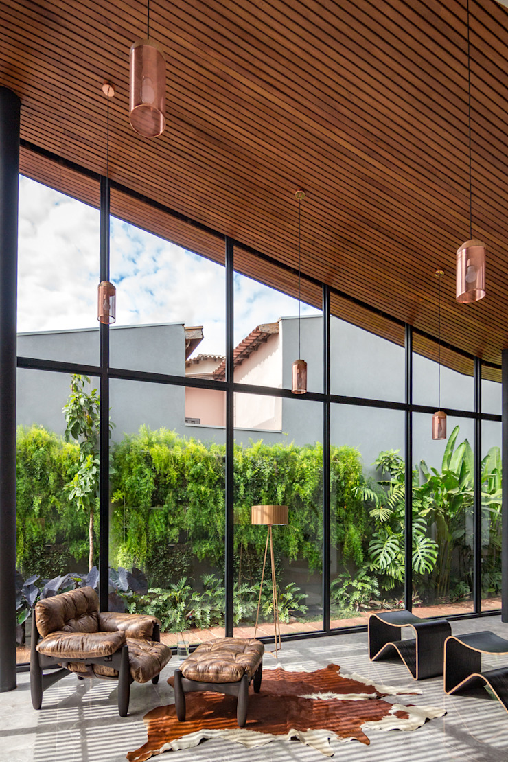 Casa Granada Estúdio HAA! Salas de estar tropicais