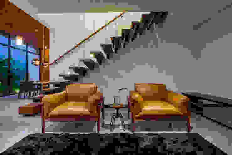 Casa Granada Estúdio HAA! Salas de estar minimalistas