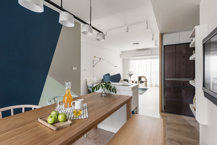 Esszimmer von 寓子設計, Skandinavisch