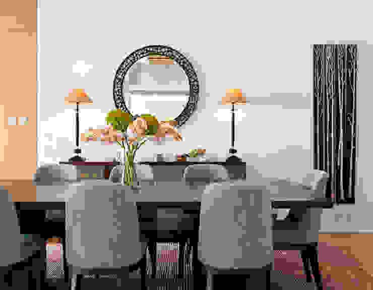 de Nicole Cromwell Interior Design Moderno