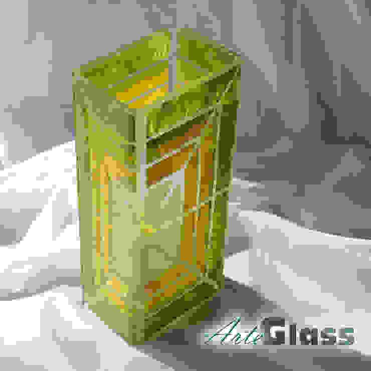 Vase green yellow 30 cm square: modern  by ArteGlass, Modern Glass