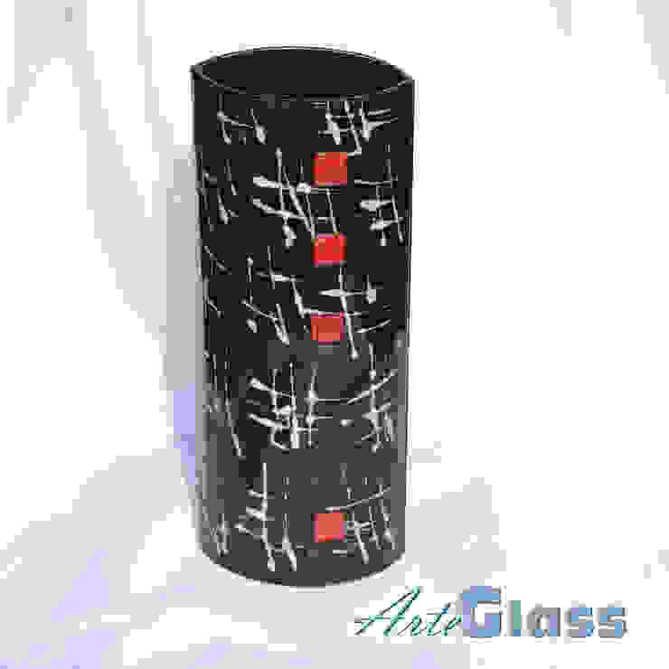 Vase black white 30 cm rounded: modern  by ArteGlass, Modern Glass