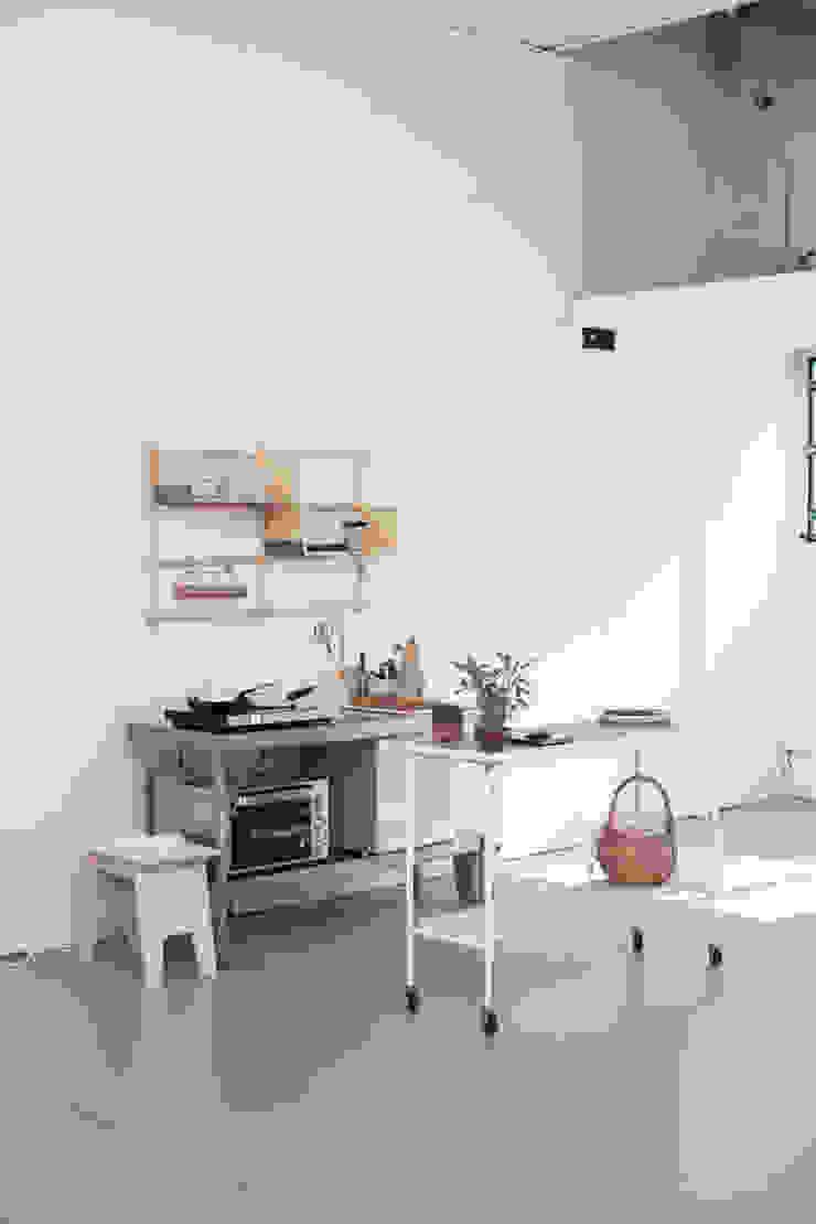 Het resultaat is een fijne, rustige werkplek van Pure & Original