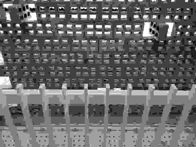 Jembatan penghubung masa Oleh studioindoneosia Minimalis Metal