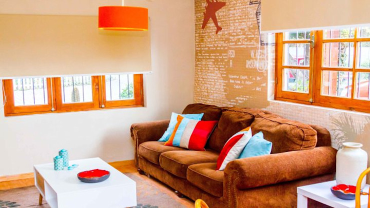 Modern living room by Decotela Modern