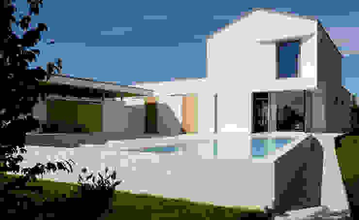 Taman Modern Oleh Studio di Architettura e Ingegneria Santi Modern