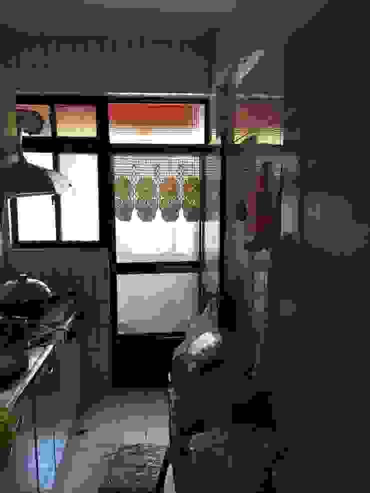 台北 老屋翻修 現代廚房設計點子、靈感&圖片 根據 耘州室內裝修有限公司 現代風