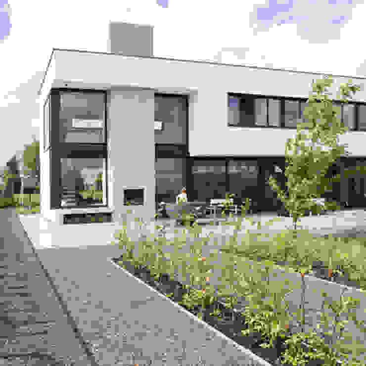 tuingevel van Archstudio Architecten | Villa's en interieur Minimalistisch