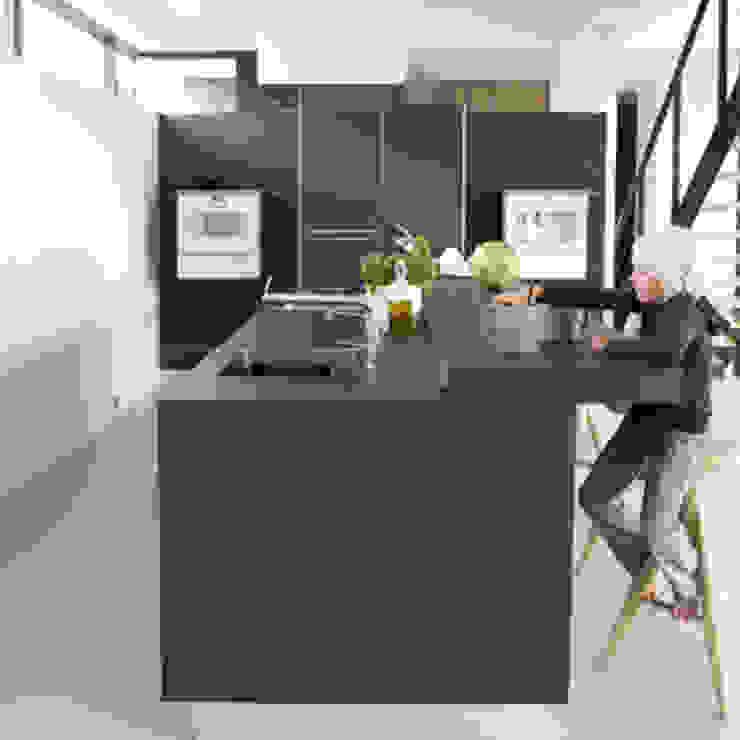 وحدات مطبخ تنفيذ Archstudio Architecten | Villa's en interieur