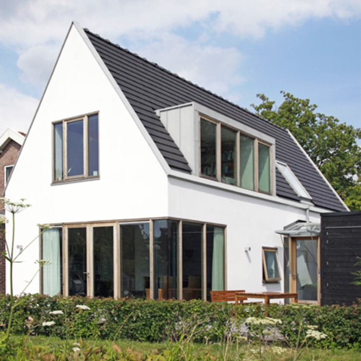 Modern Houses by Archstudio Architecten | Villa's en interieur Modern