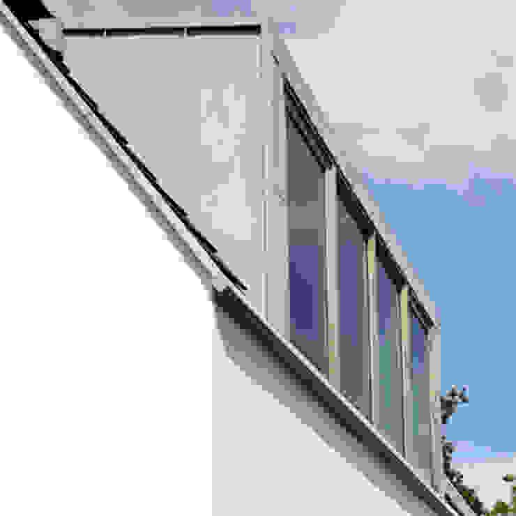by Archstudio Architecten   Villa's en interieur Modern