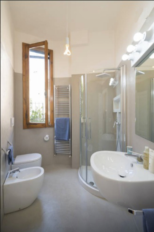 Modern Bathroom by Officine Liquide Modern