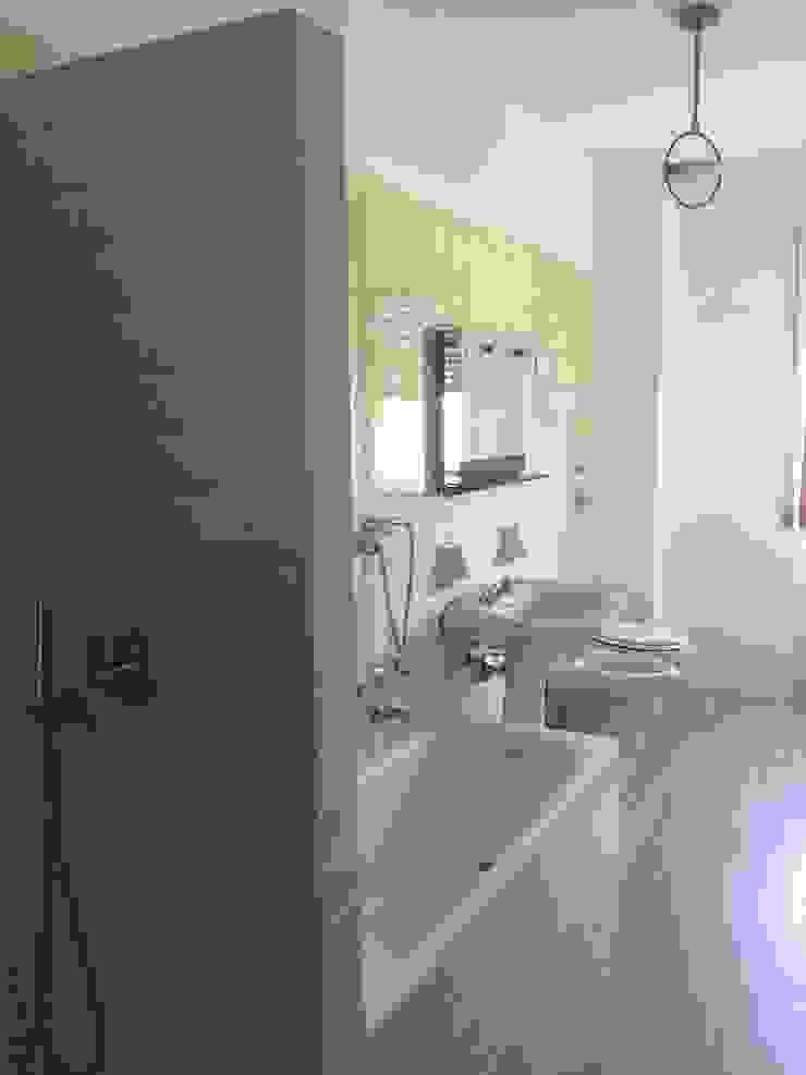 Architetto Alberto Colella Modern Bathroom Ceramic Turquoise