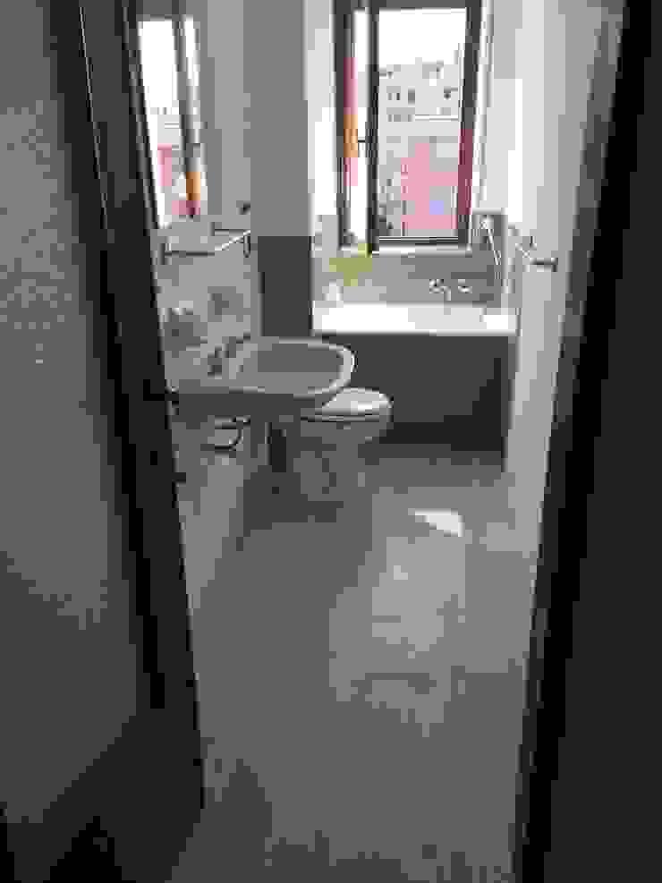 Architetto Alberto Colella Modern Bathroom Ceramic Green