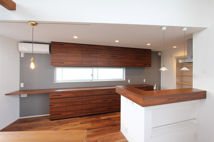 85inc. KitchenCabinets & shelves Wood Wood effect