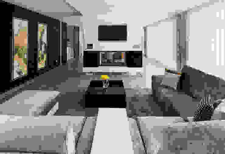 Sala de Estar: Salas de estar  por UNISSIMA Home Couture,