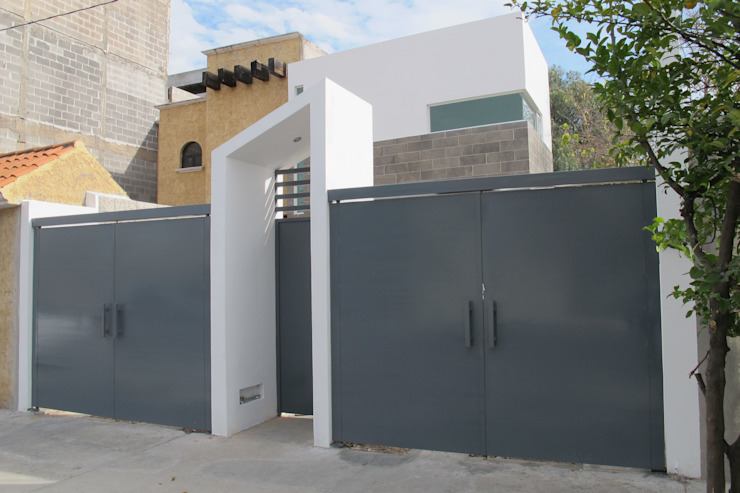 ÖQ Arquitectos ประตูโรงรถ เหล็ก Grey