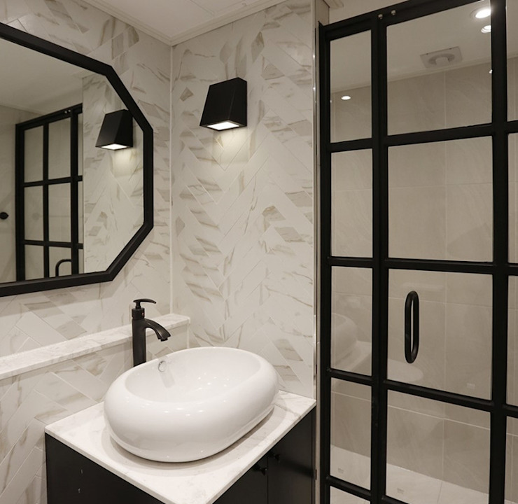 Classic style bathroom by (주)노드 Classic Tiles