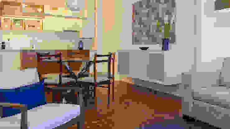 Sala_Zona de refeições por Traço Magenta - Design de Interiores Moderno Algodão Vermelho